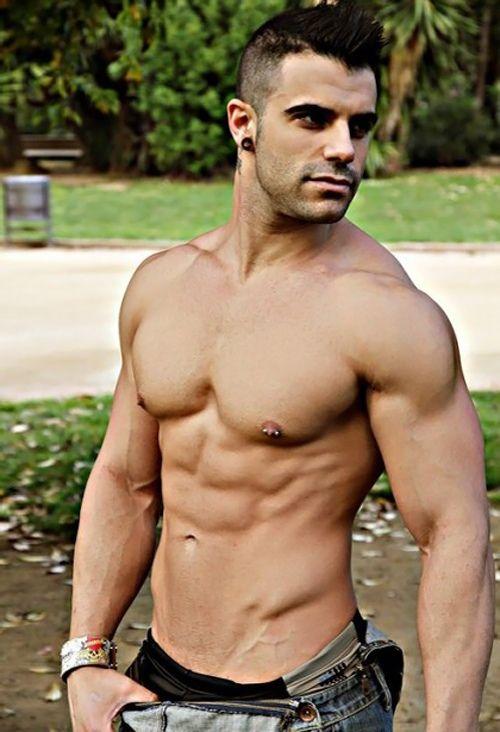 Hot Men On Tv 64