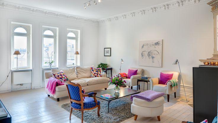 Lagerlings - Styrmansgatan 51 - Klassiskt i toppskick med högt ljust och fritt läge - Våra hem