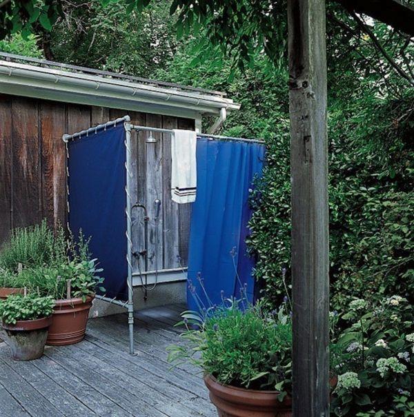 Sichtschutz Fur Gartendusche 35 Tolle Beispiele Archzine Net Gartendusche Sichtschutz Garten