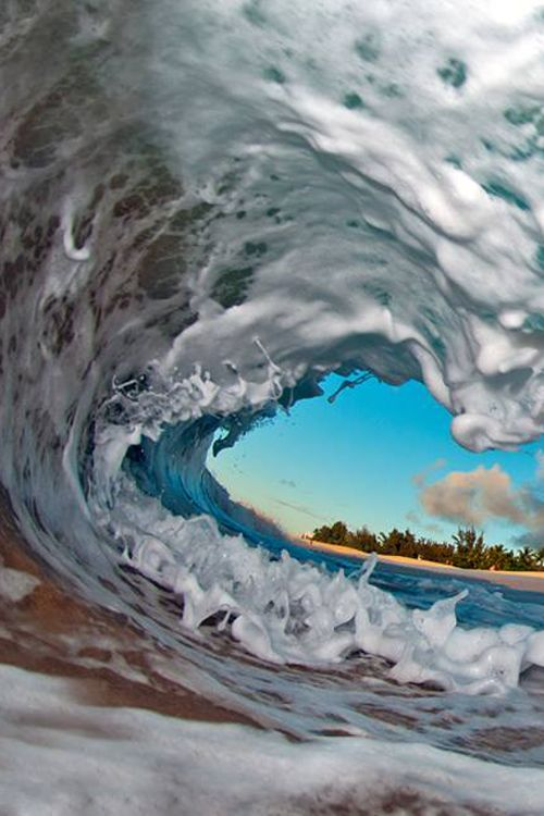 plasmatics-life:  Ocean Waves ~ By Clark Little