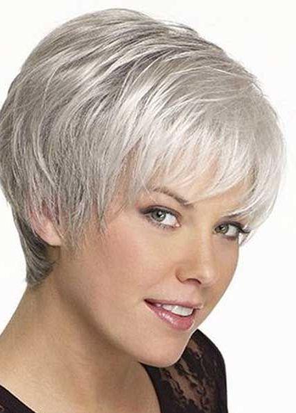 17 Meilleures Id Es Propos De Coupes De Cheveux Courts Gris Sur Pinterest Cheveux Courts Et