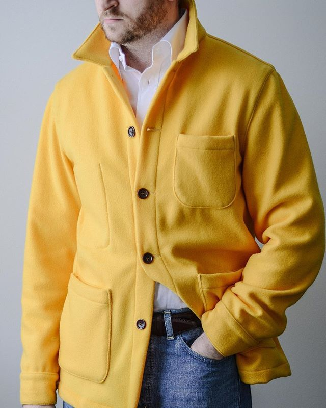 Whos afraid of color?...phase one of my man in the yellow hat cosplay . Hat and George costume for my son up next . All kidding aside this banana yellow Doyle jacket from @epaulet is a unreal. Made from a 1940s deadstock Forstmann Mills wool in their signature color. Fun little piece of USA heritage. Wore here with a custom shirt from @spiermackay @orslow denim and @allenedmonds shell cordovan belt . Hit the comments and let me know how you guys would wear it? . . . #epaulet #madeinusa…