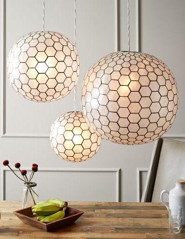 De belles suspensions. Luminaires pour le salon. #suspension #luminaire #salon http://www.appart-33.com/produit/suspension/
