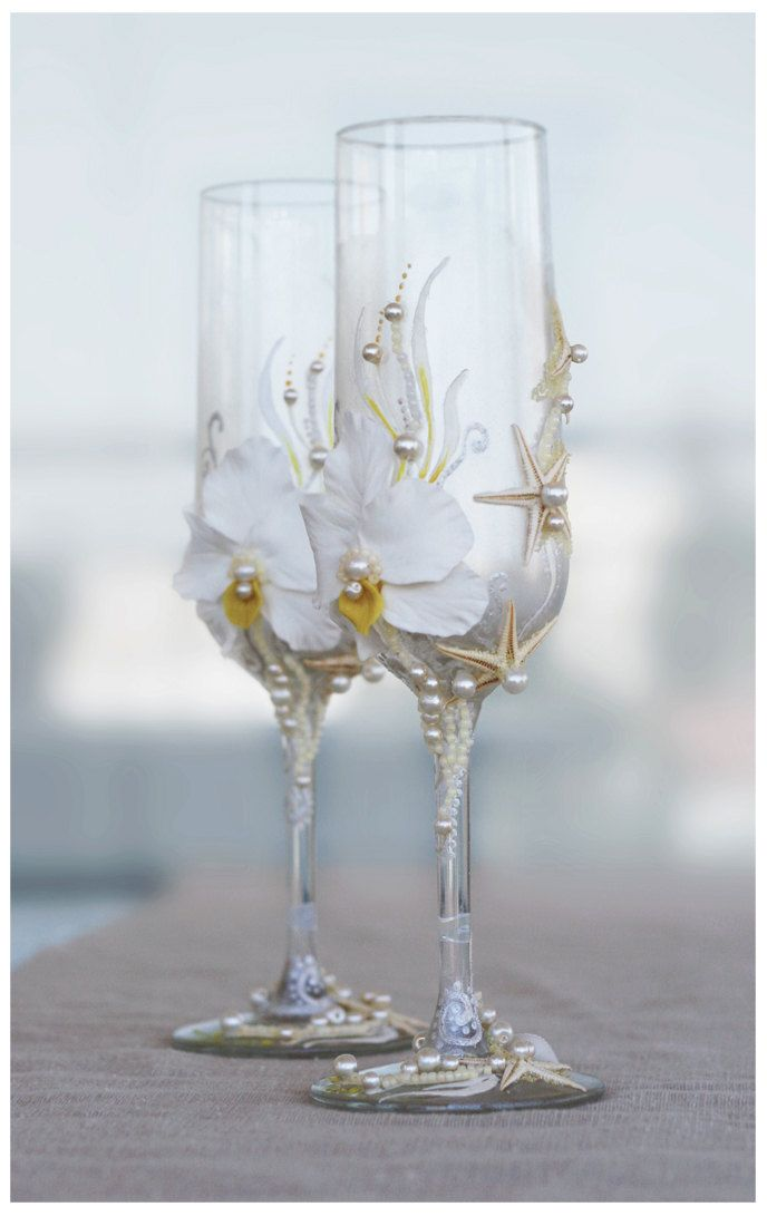 Pearl Wedding Glasses. Wedding champagne glasses hand painted. Champagne Glasses For Beach Wedding. €40.00, via Etsy.