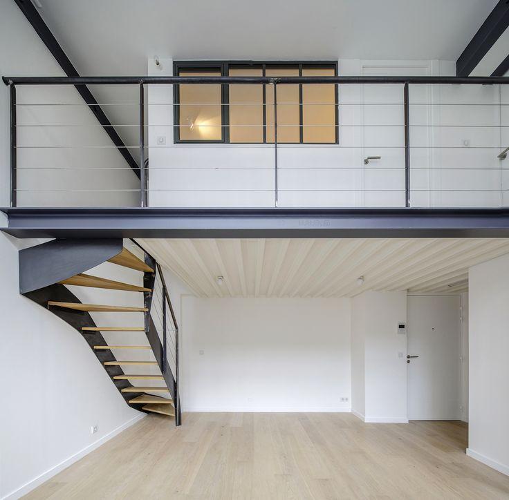 ... Escalier 1/4 tournant en acier et bois, rampe câbles inox, passerelle