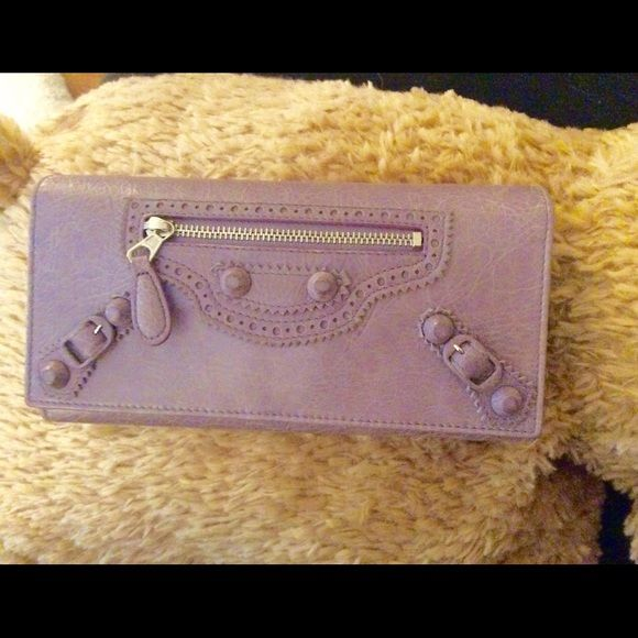 100% Authentic❗️Balenciaga wallet in lavender This is a rare color of Balenciaga. Got so many compliments from whoever sees this wallet. This is a perfect match with the other Balenciaga bag in my closet (the purple one!) I could give a lower price if you are taking them both! Balenciaga Bags Wallets