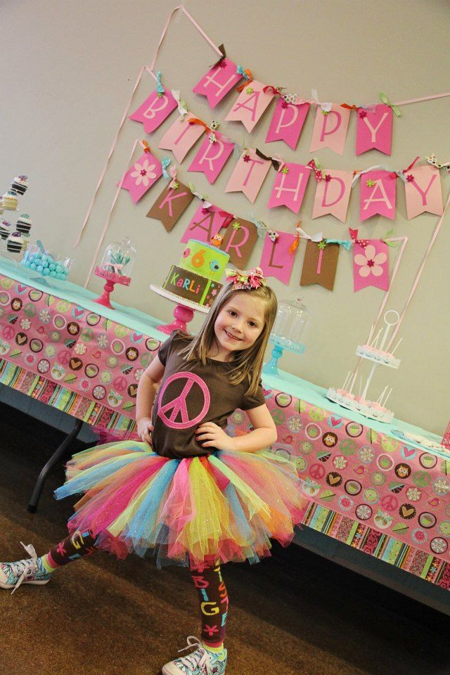 Peace sign birthday party decorating and outfit ideas!! https://www.facebook.com/KKAccessoriesKK