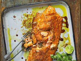 Pete Evans' red curry salmon