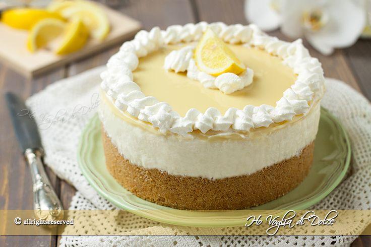 Cheesecake al limone e cioccolato bianco ricetta senza cottura e senza forno. Torta fredda facile da preparare, golosa come dolce di fine pasto e merenda.