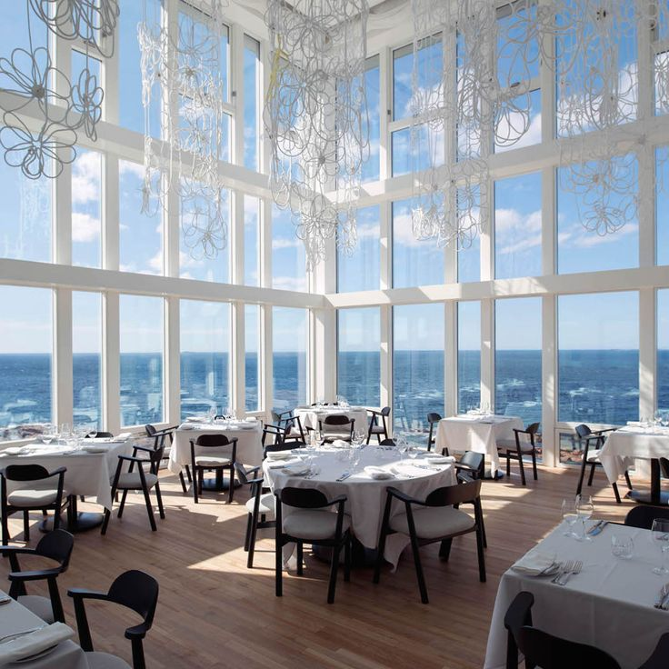 Canada's 100 Best Restaurants - No. 47: Fogo Island Inn