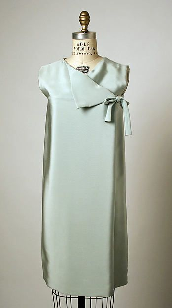 Cocktail dress, Balenciaga, F/W 1966-67, Metropolitan Museum, Accession Number C.I.68.78.4a, b