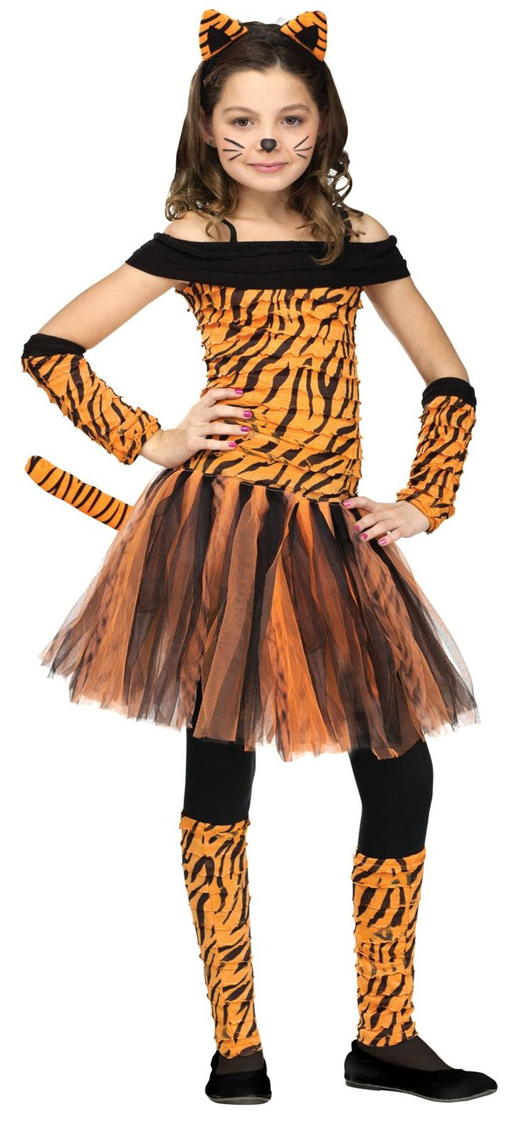 Tiger girl (zookeeper theme)