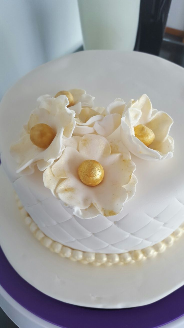 50th Wedding Anniversary  white and gold cake #2