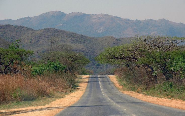 Road to the Bushveld.  www.macwallpapers.eu
