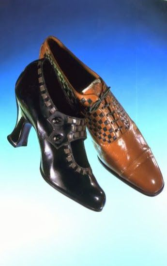 1920's Shoes - Manufacturer: Coxton Shoe Co. Ltd. - Leather and linen shoes - Victoria and Albert Museum, London
