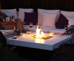 Table fireFire Pits, Outdoor Fire, Decor Ideas, En Modern, Back Yards, Backyards Retreat, Modern Tuinen, Front Yards, Gardens