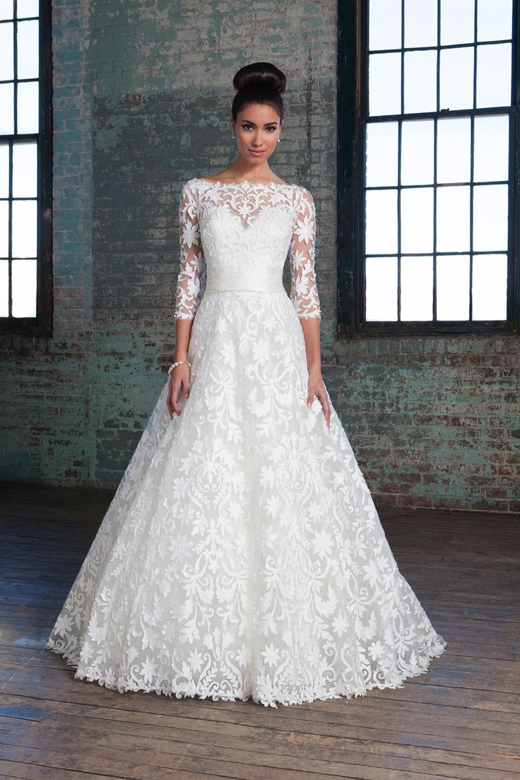 Lace wedding dresses brisbane