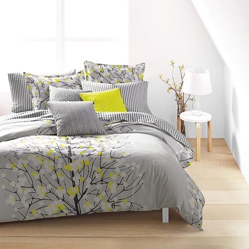 By taking a quiet scene in nature and infusing it with splatters of splashy color, this Marimekko bedding brings a delicate yet dramatic element to the bedroom. Marimekko Lumimarja Grey Percale Bedding - $140-250