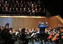 Con motivo del vigésimo aniversario de la constitución de la Fundación de la Universidad Autónoma de Madrid, el pasado 13 de diciembre se celebró un concierto en el auditorio del Centro Conde Duque que corrió a cargo de la Orquesta y el Coro de la Universidad Autónoma de Madrid, dirigidos por Alfonso Hidalgo y Enrique Muñoz.