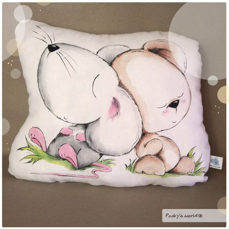 #handpainted #pillow #mouse #bear #pooky