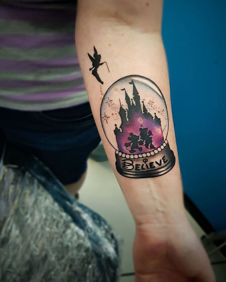 """Mi piace"": 62, commenti: 8 - Chelsea (@chelsea_tattooart) su Instagram: ""Happy Birthday to my dearest @pajenailart , super warped photo but heres a Disney snowglobe ❄…"""