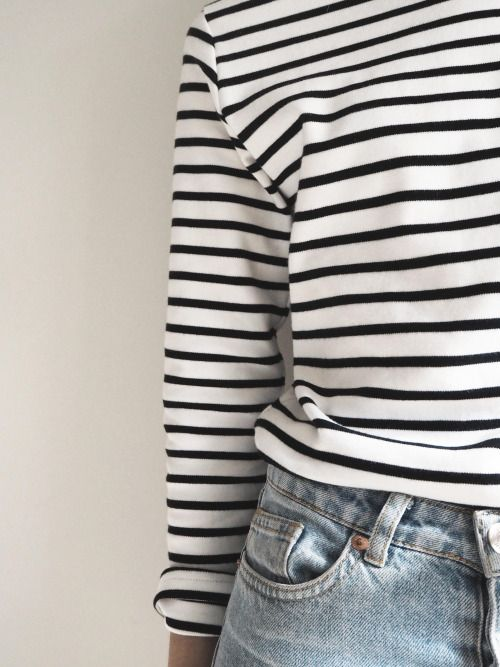 Stripes top & boyfriend jeans