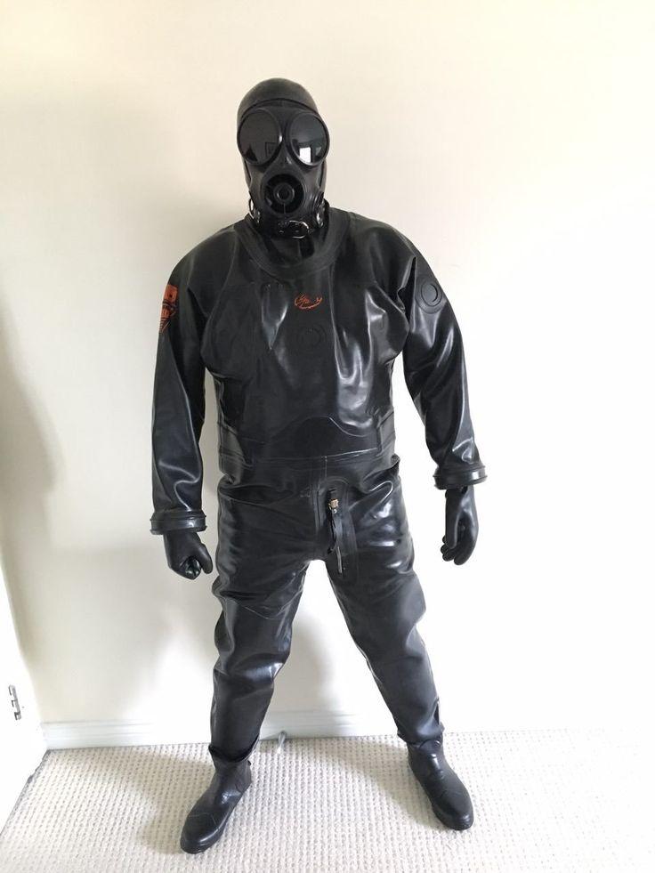 """devilkink: """"Heavy rubber alpha gimp  #rubber #gimp #drysuit """""""