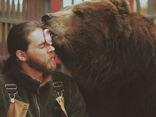 into the wild and grizzly man Both films vividly document and re-inscribe heroic status to the stories of timothy  treadwell (grizzly man) and christopher mccandless (into the wild), their.