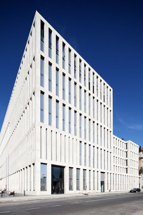 Max Dudler - Jacob and Wilhelm Grimm Center library at Humboldt-University of Berlin, 2009. Interior here. Via.