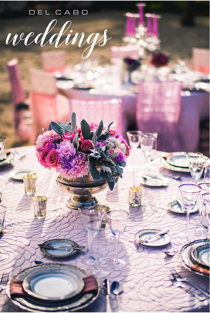 Pink and purple tones for your centerpieces! Use candles for an enchanted wedding!