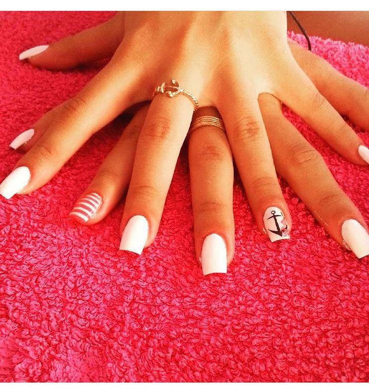 #ricostruzione unghie #nails #nail art #rose #ancora #black #white #red #old school