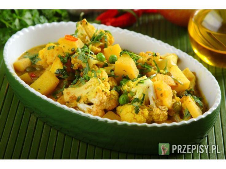 Curry wegetariańskie z ziemniakami i kalafiorem