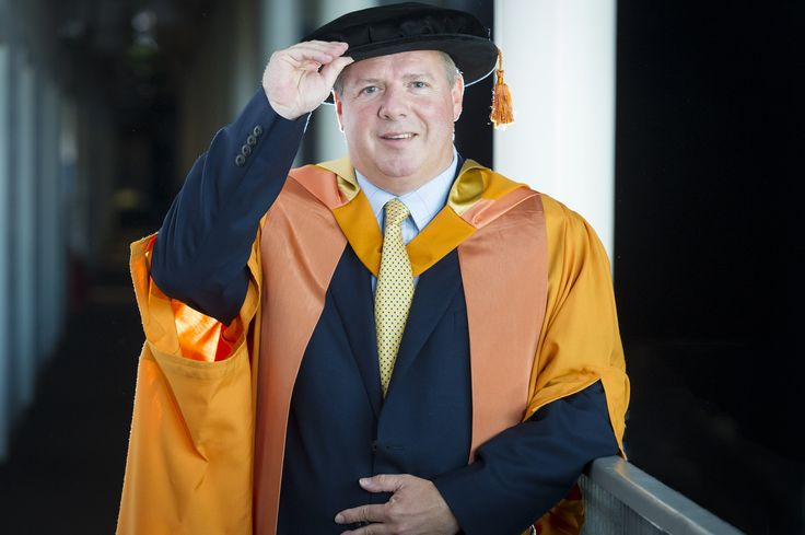 Dr Gordon Muirhead, vice-president of Global Manufacturing and Supply for GlaxoSmithKline, was made an Honorary Doctor of Science on 18 July 2015.