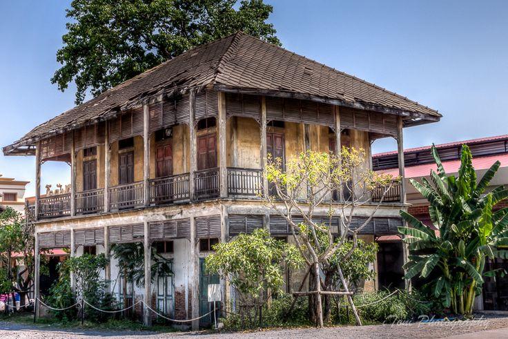 1682 melhores imagens sobre abrigo acolhedouro lar no for Thai classic house 2
