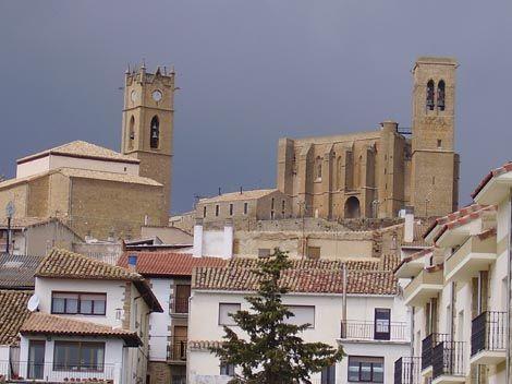 Iglesias de San Pedro y San Saturnino, Artajona