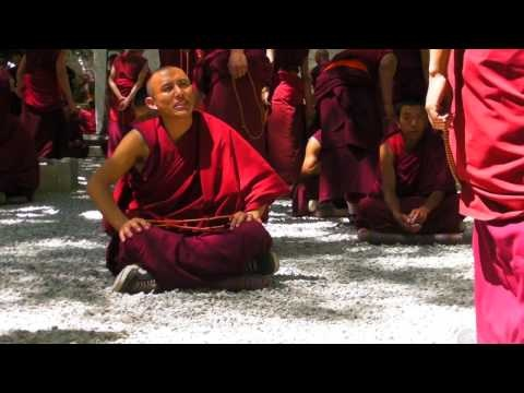(Sneak Preview) Mindfulness in Tibet |||  A 7 minute sneak peak of the movie: Mindfulness in Tibet  See here the complete movie of 58 minutes: http://youtu.be/EFmskUHSPCQ  Please let me know what you think about it.  Sincerely, Joost Pleune  --  Camera: Sanyo 2000 / iPhone 4 Edit: Final Cut Pro X Music: Michael Stearns - Village Dance / Michael Stearns - Villages and Freeways