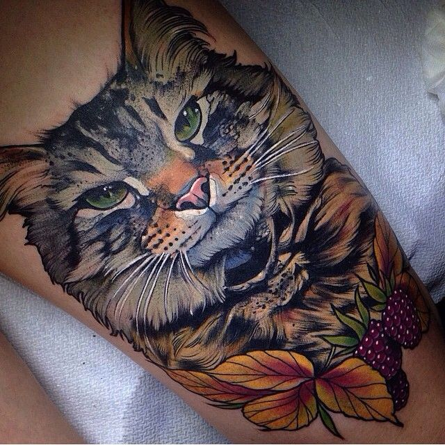 Beautiful Cat Leg Tattoo