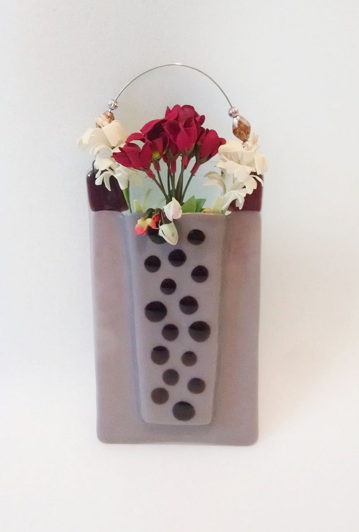 Diffusers glass vase and vase on pinterest for Dot wall vase