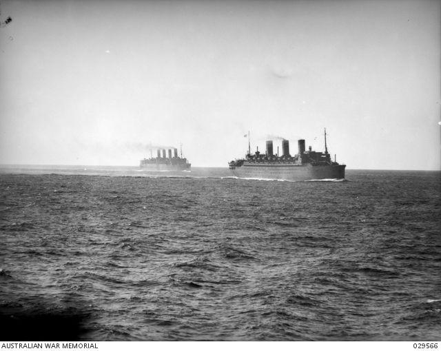 HMT Île-De-France and HMT Aquitania during WW2 - SS Île de France