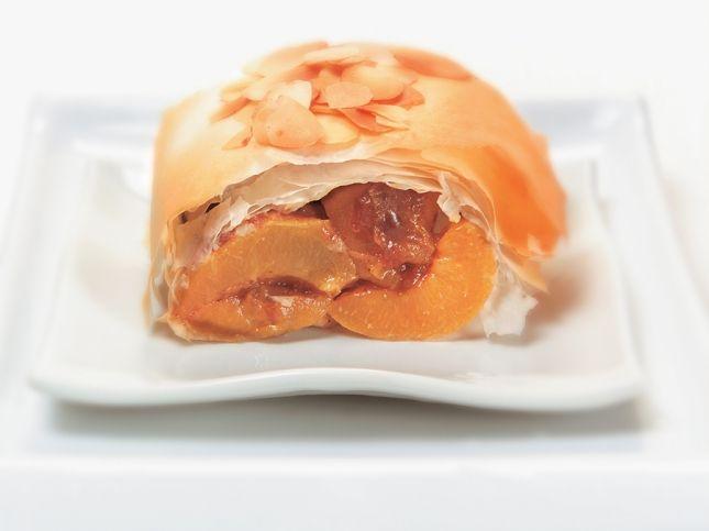 Apricot strudel