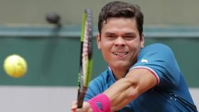 Milos Raonic is heading to the fourth round of the French Open after Spain's Guillermo Garcia-Lopez retired from their match...