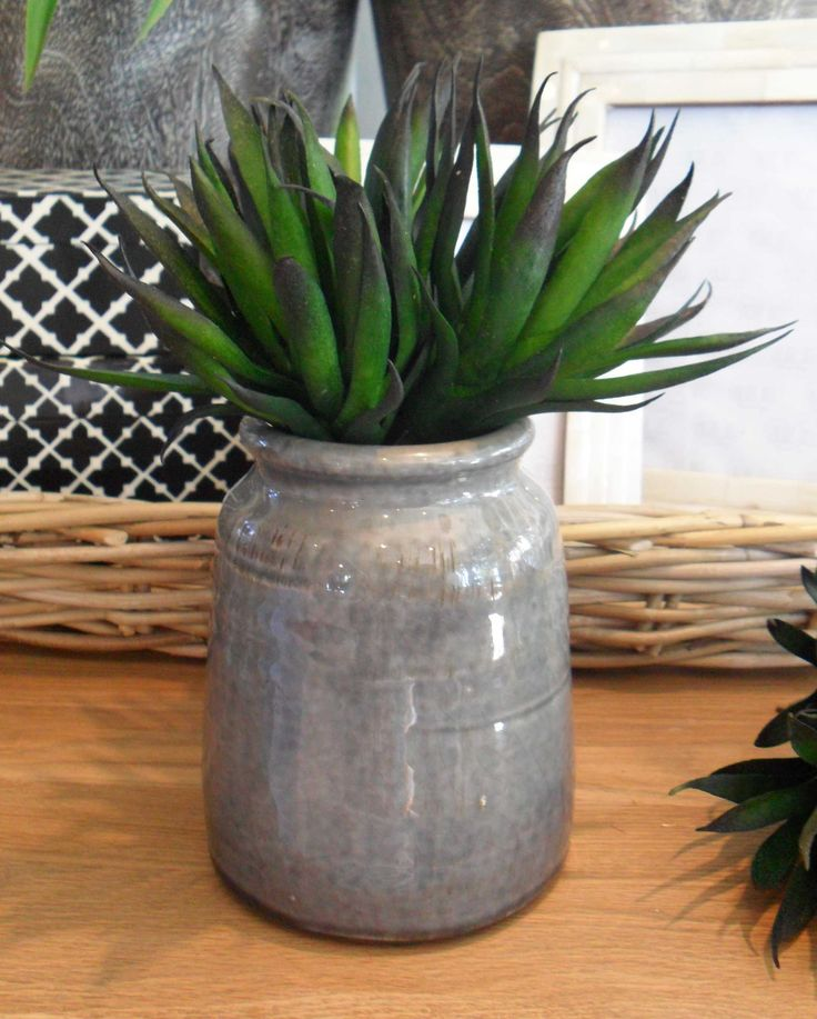 Small Grey Ceramic Pot - Inside Out Home Boutique