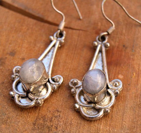 Sterling silver moonstone earrings semi precious di ShockedShop