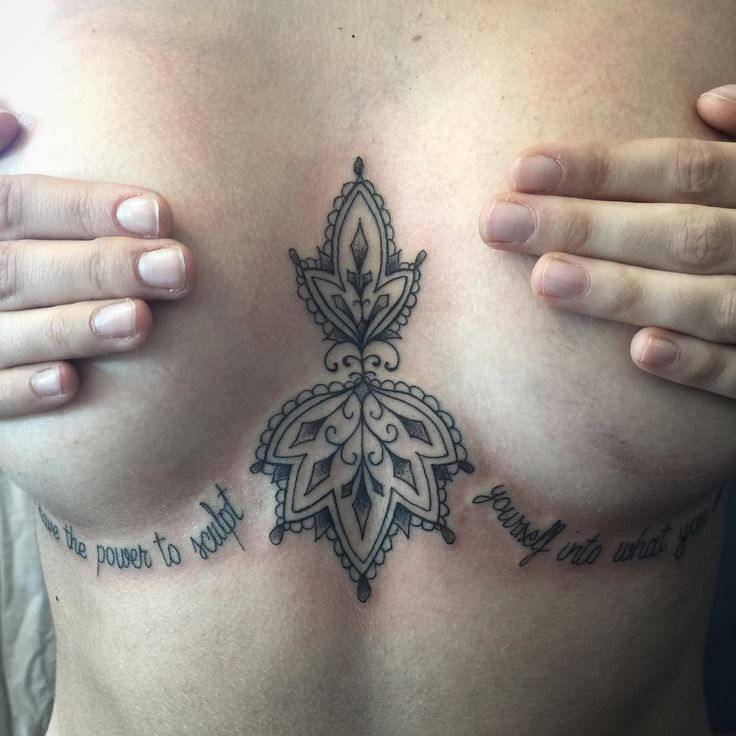 Mehndi tattoo done by Sandi @sandicustomtattoo Mehndi under boobs chest tattoo