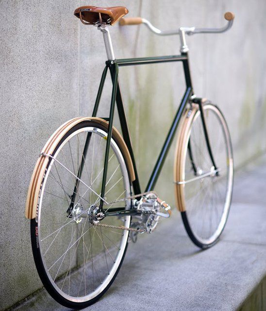A proper gentleman's fixed gear bike.