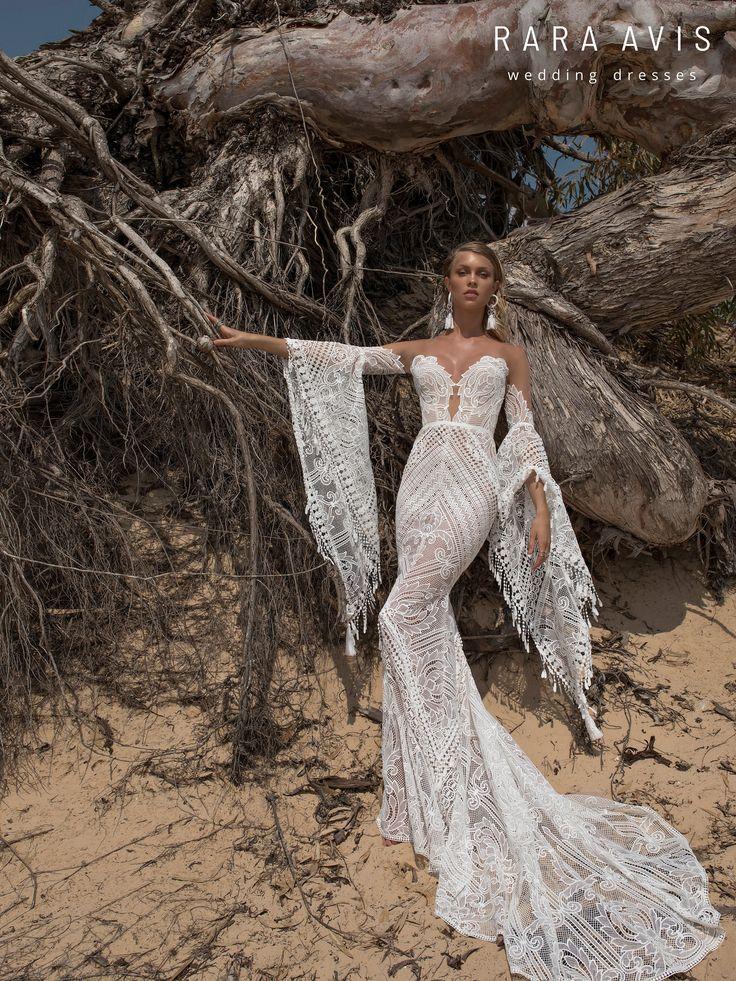 Boho wedding dress LARI with long train • Mermaid wedding dress with long train •
