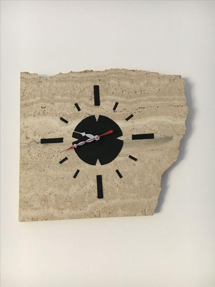 Nástěnné hodiny z travertinu/ Travertine clock