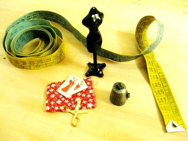 piccolo set per sarte - gli indispensabili del mestiere