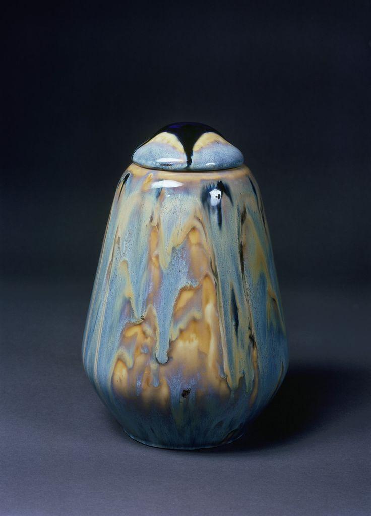 Deckelvase | Königliche Porzellanmanufaktur Meißen | Bildindex der Kunst & Architektur