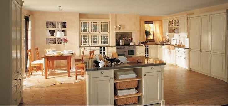 Lanhausküche Finca in Vanille Strichlack (rational Küchen)